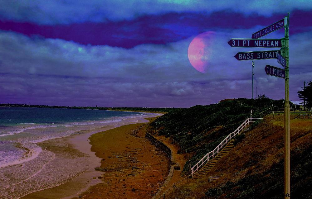Port Phillip Bay: Blue moon by torcasiojohn
