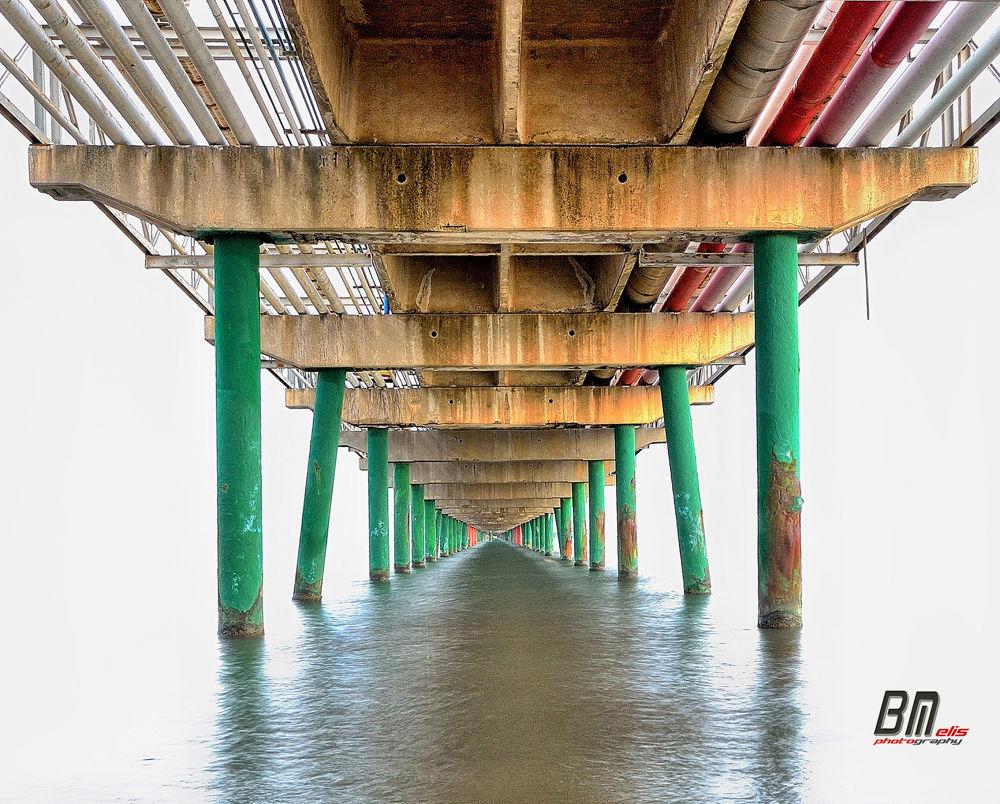 il pontile by Bruno Melis