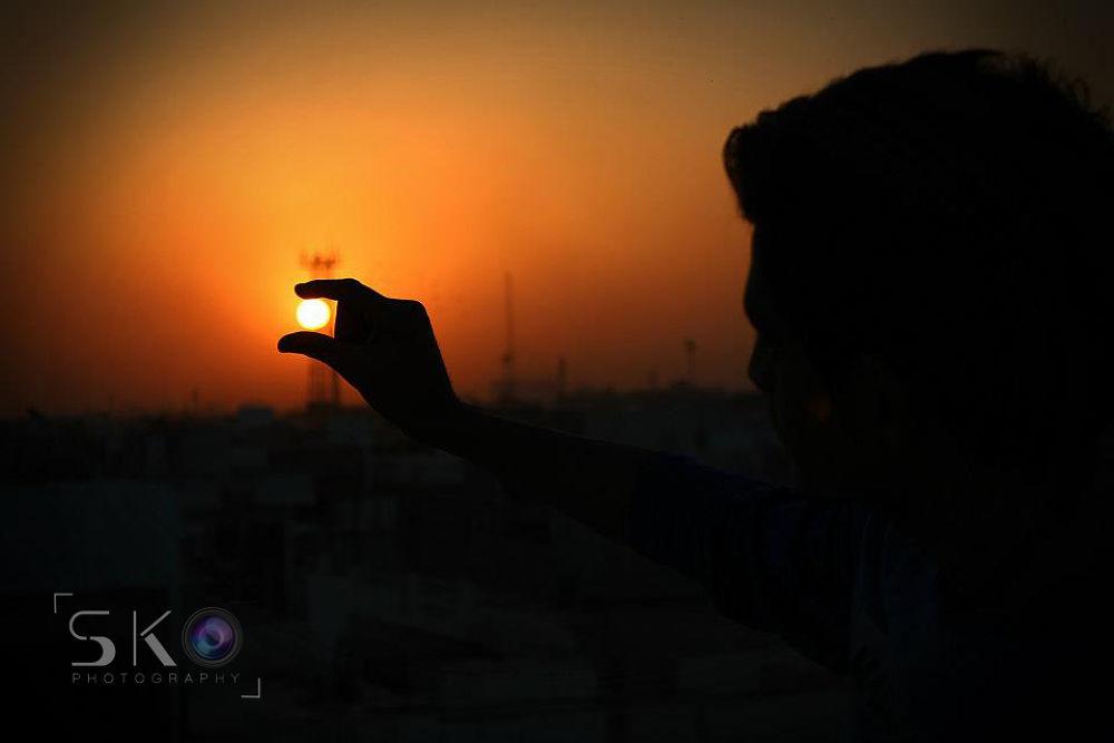 Sun in ma Hand :) by Sohail Khan