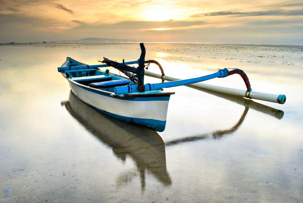 Jukung(traditionaly of Boat) by kookoobresyanatha