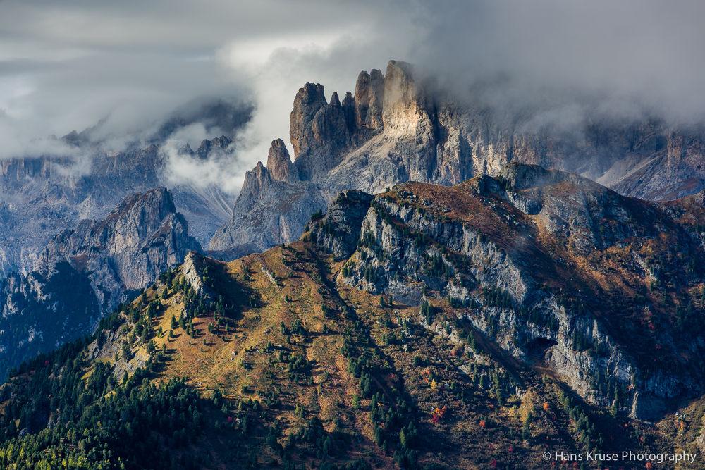 Dolomites in morning light by Hans Kruse