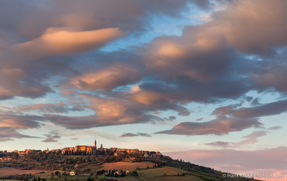 Sunset over Pienza by Hans Kruse