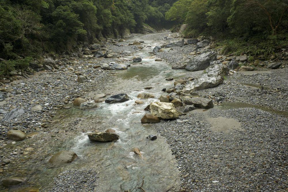 A riverbed, Taroko, Taiwan by Leon Liao