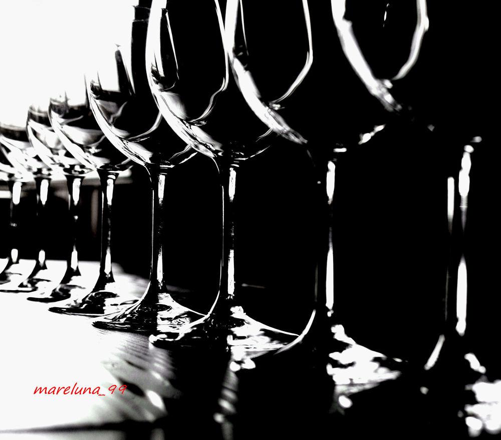 Glasses 3 by Francesca D'Agostino