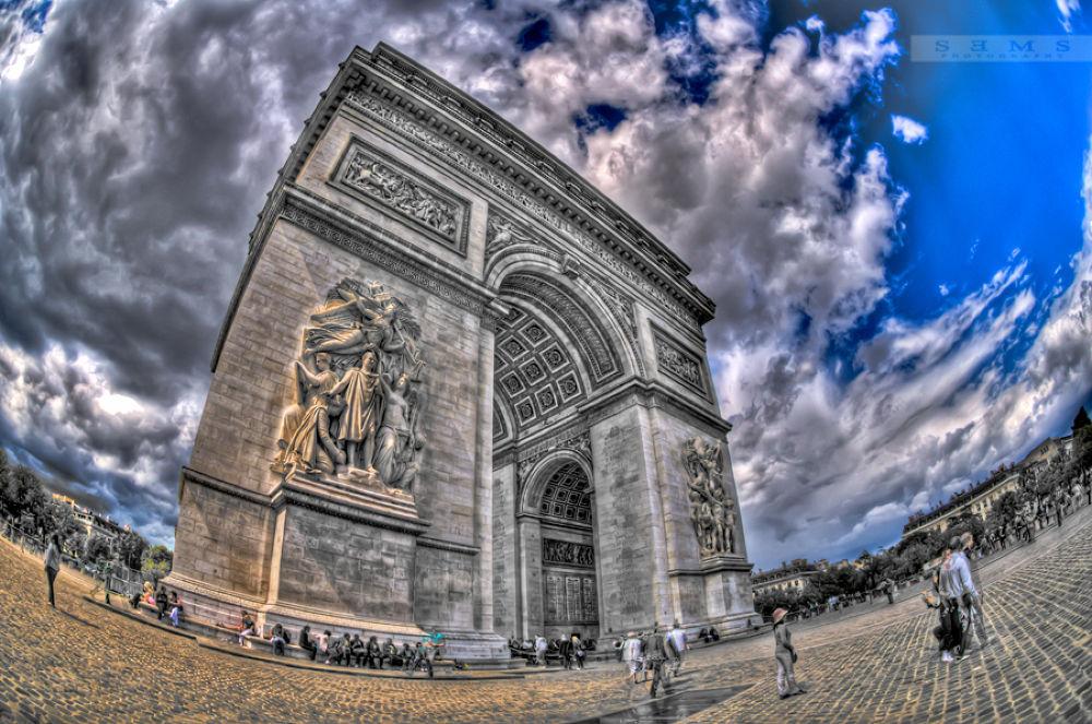 Arc de Triomphe by SEmS