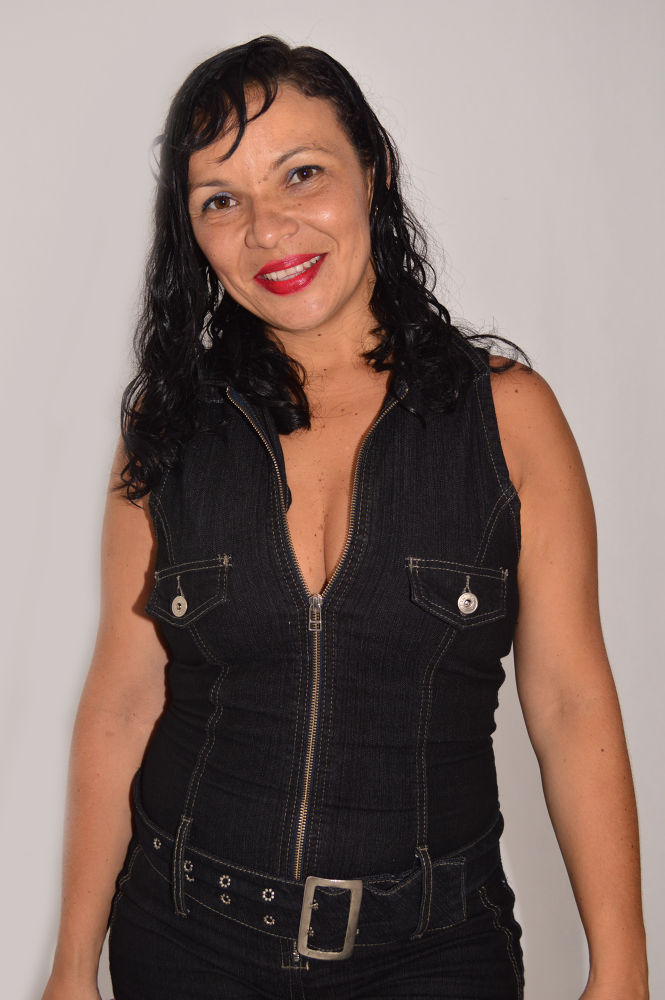 Linda by amenaproducoes