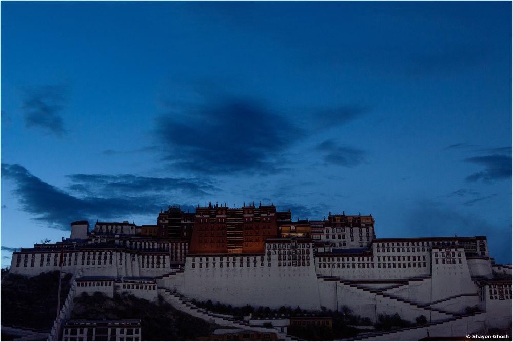 Potala Palace by ShayonGhosh
