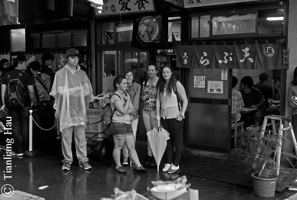 Restaurants @ Tsukiji Fish Market, Tokyo  by Tianliang Hau