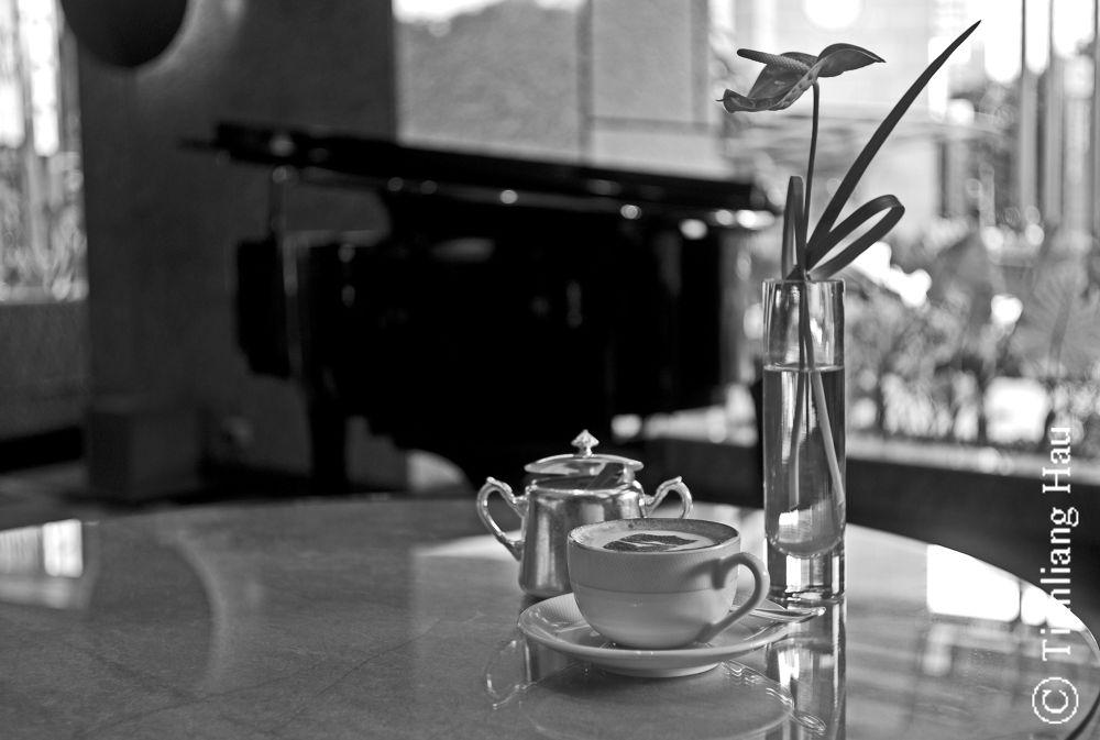 Coffee Break @ Lobby Court Shangri-La's Hotel, Taipei by Tianliang Hau