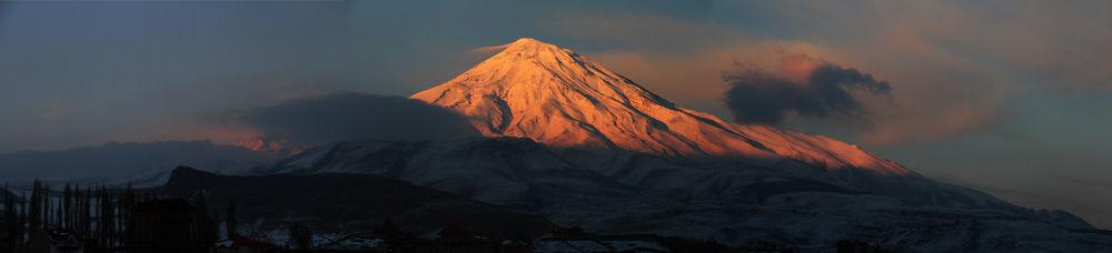IRAN-Damavand Mountain by karimbabaei