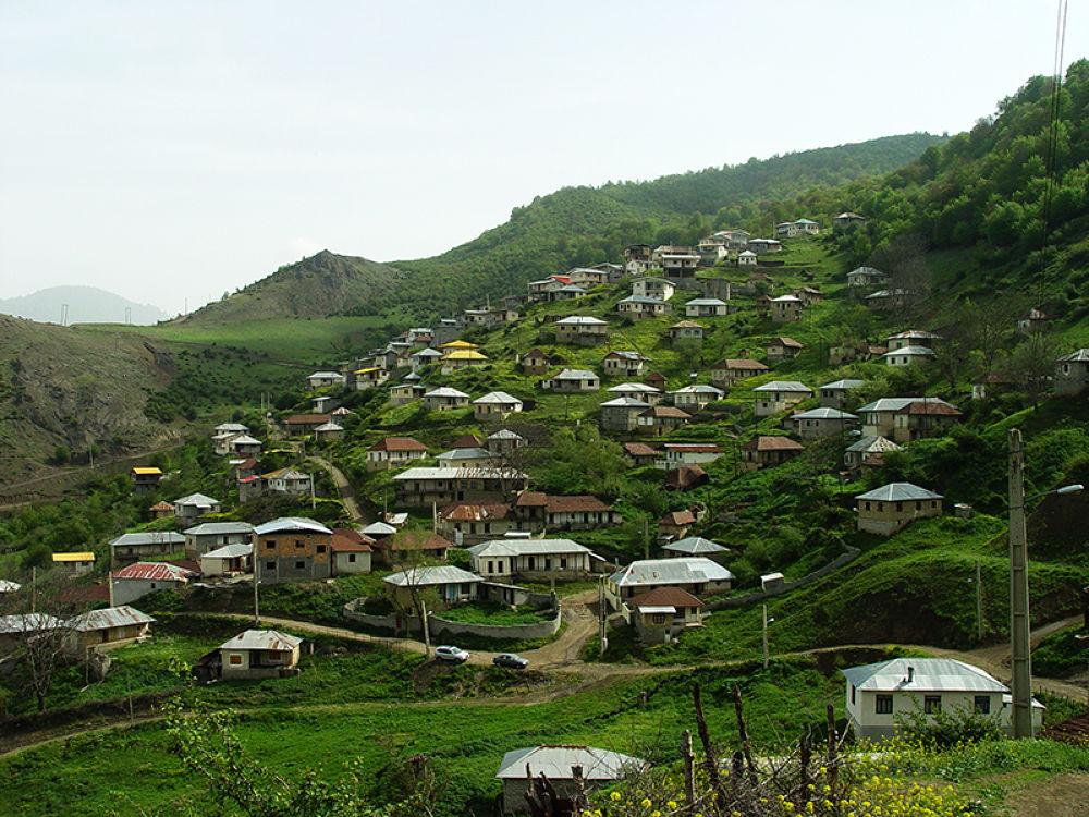 IRAN-kamarposht-highland village by karimbabaei