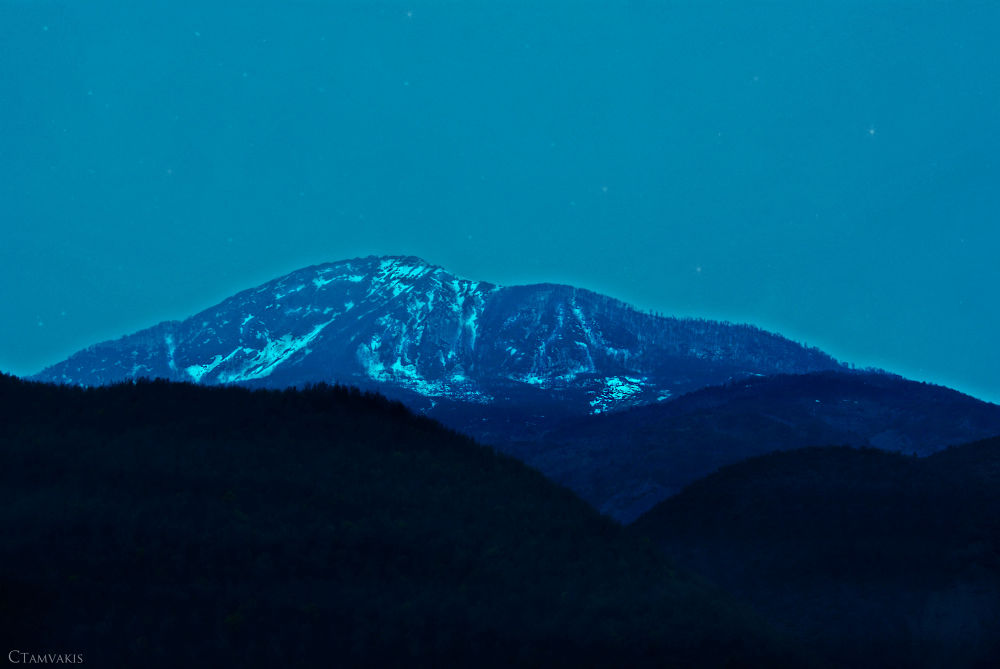Mystery mountains by CarolinaTamvakis