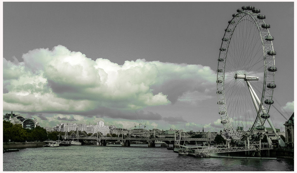 Londres by Leo