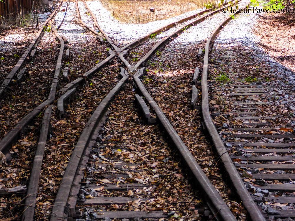 Linha de trem by Idanir Pawelkiewicz