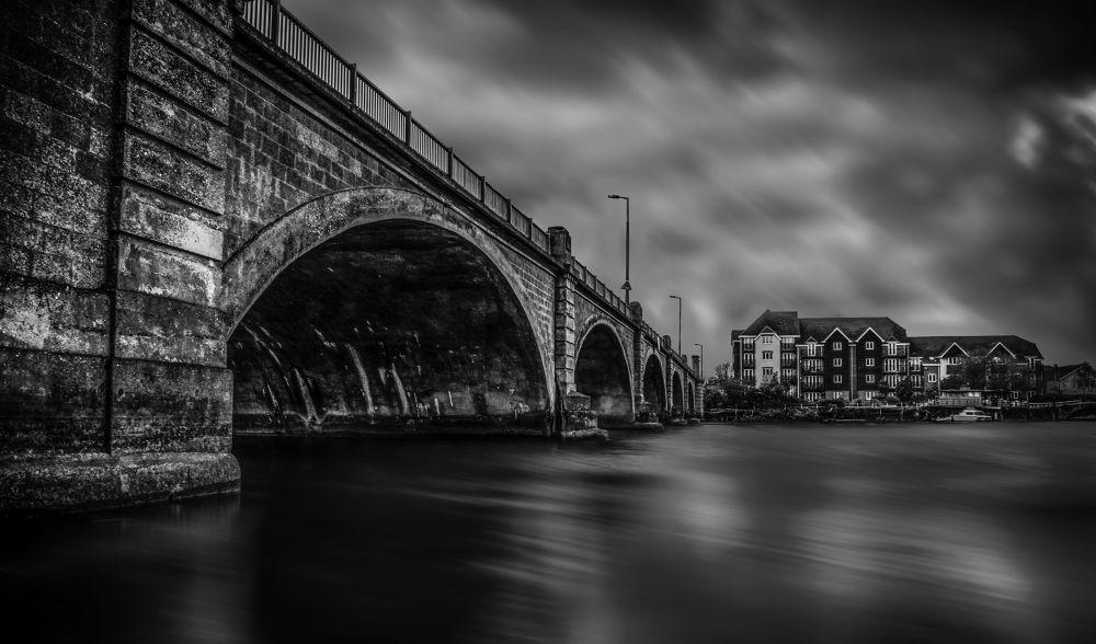 Cobden Bridge black and white2 by Leechurchill