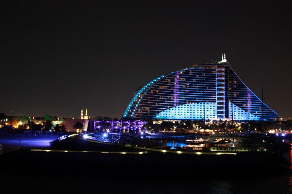 Dubai - Beach by Suzy Karajian
