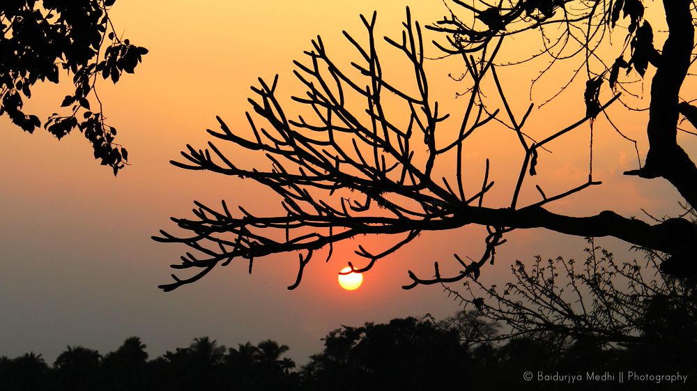 A charming sunset by baidurjyamedhi