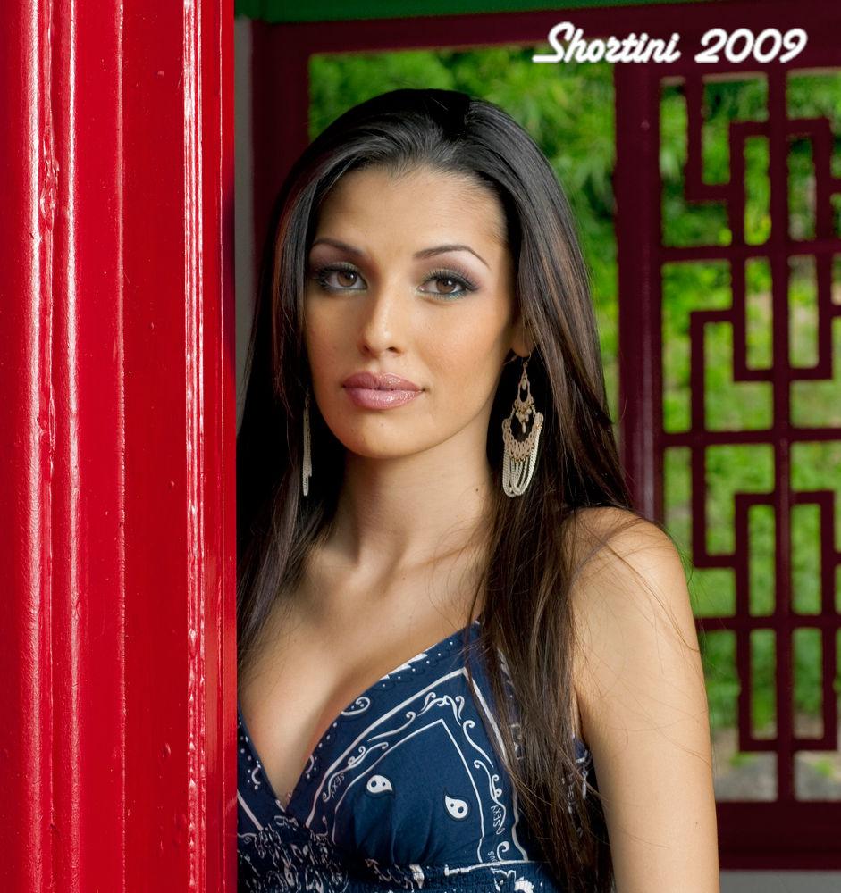 Alana-red-door_1_sm by shortini