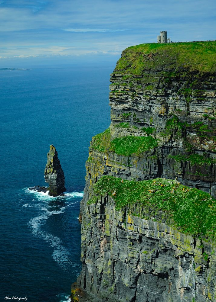 Cliff of Moher by JKChin