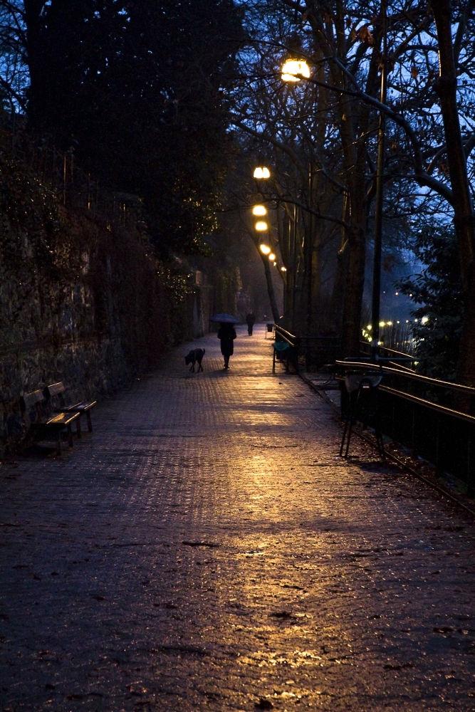 walking by salvatoreCerniglia