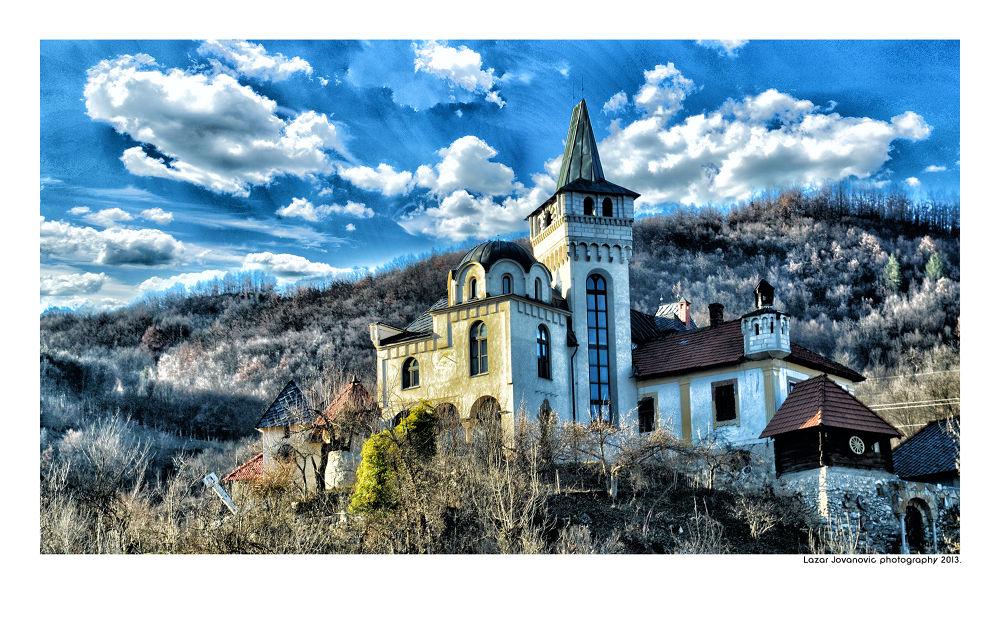 Dvorac slikara Ljubivoja Jovanovica. Arilje 2013. by Lazar Jovanovic