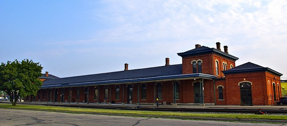 Train Station - Jackson, MI. by chuckhildebrandt7
