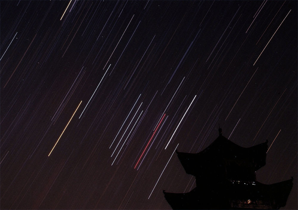 Orion Star Trail by tangyuiching