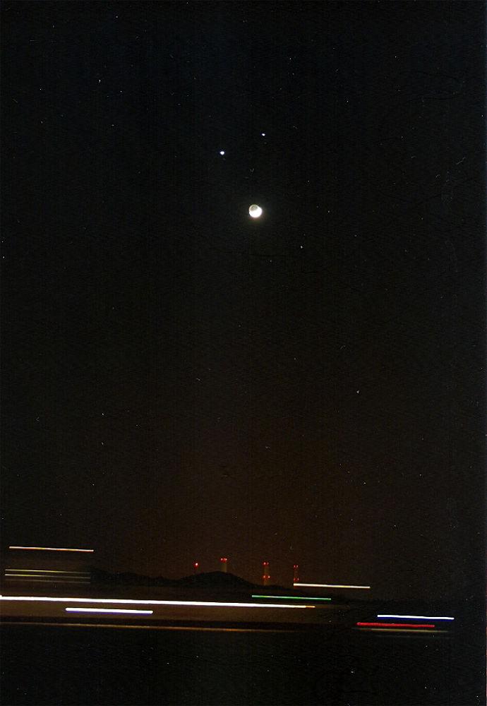 Venus,Jupiter & Moon Conjunction by tangyuiching