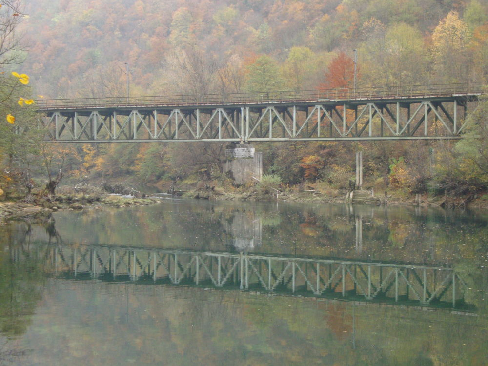 Una river,Bihac by Eki