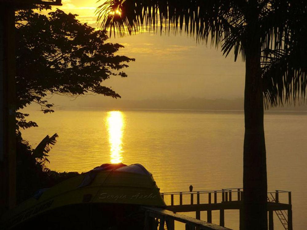 Apreciando o amanhecer by Sergio Asche