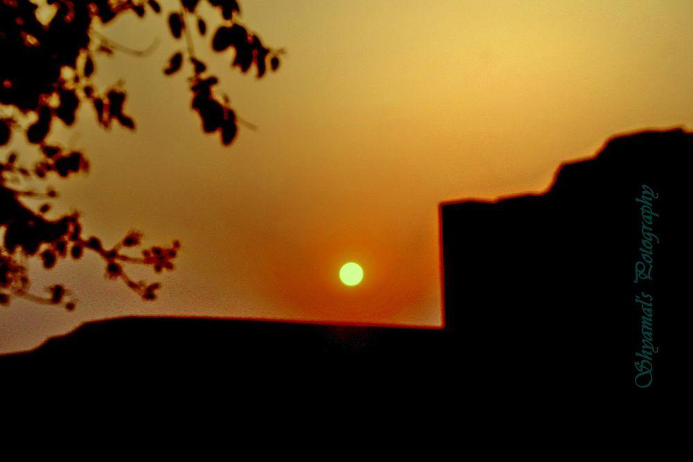 sun set by Bonik65