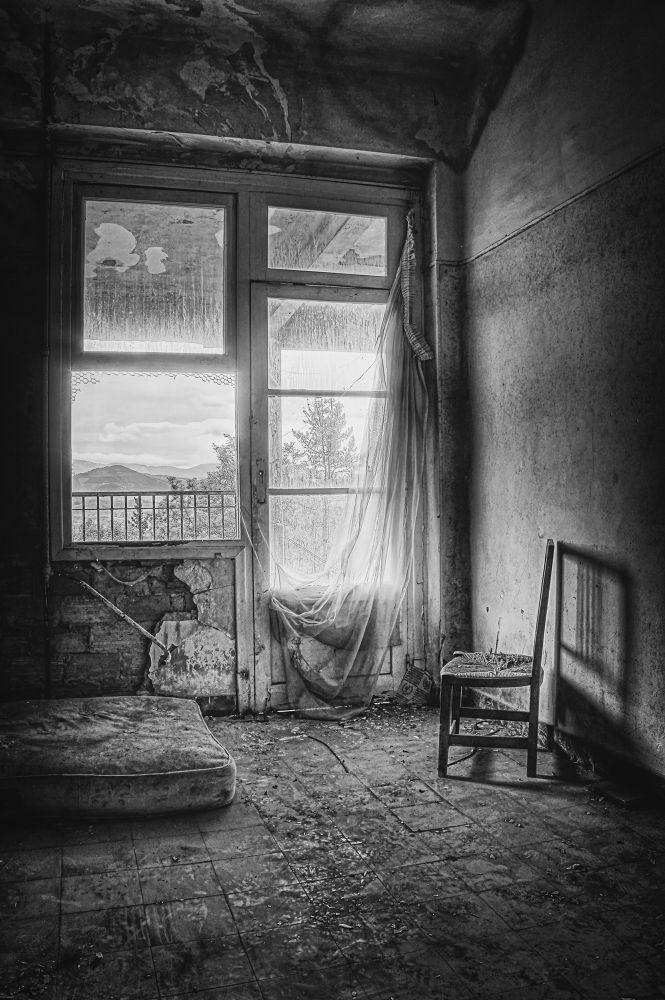 Gone by aitor arana arruti