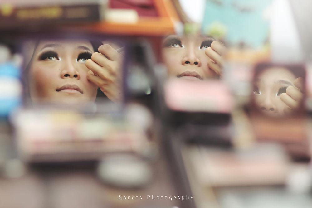 Mirror Mirror by rendylawinata