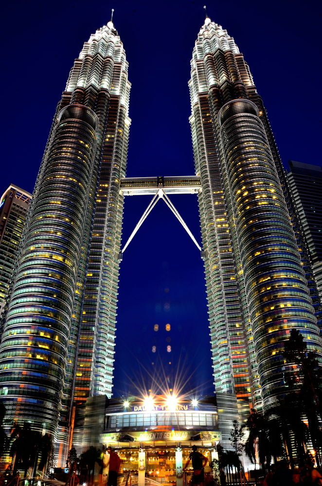 The Twin Tower. by azharramly