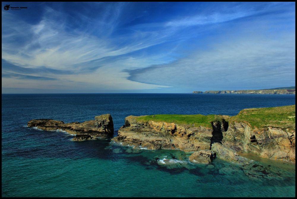 Port Gaverne headland by Gareth James
