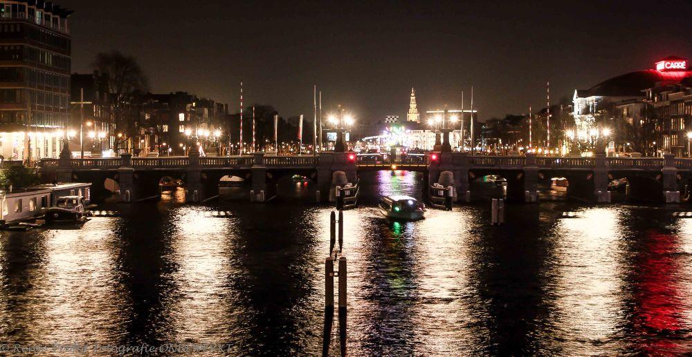 Amsterdam by night by rensoprofijt