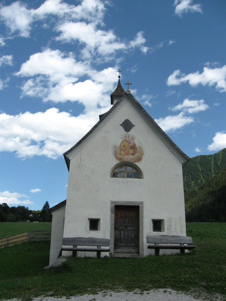 Little church under the blue sky by valecols