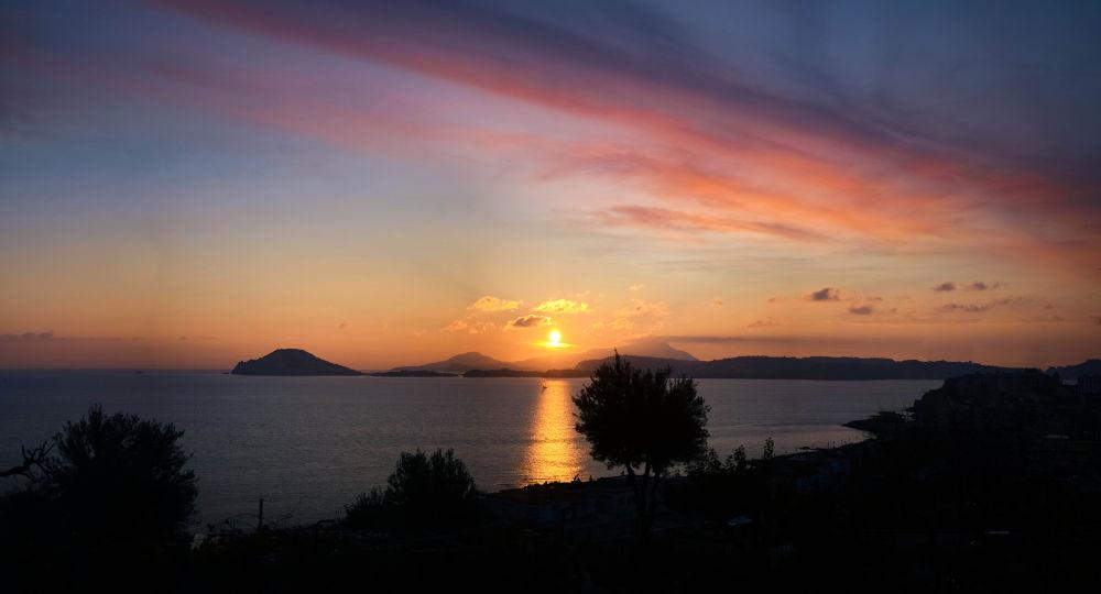 sunset - pozzuoli by Dario D'isanto