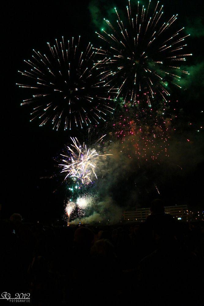 Firework 2013 #1 by FotoSkyline