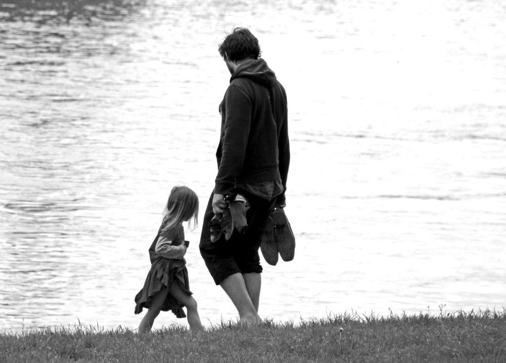 Father & Child by peterkryzun