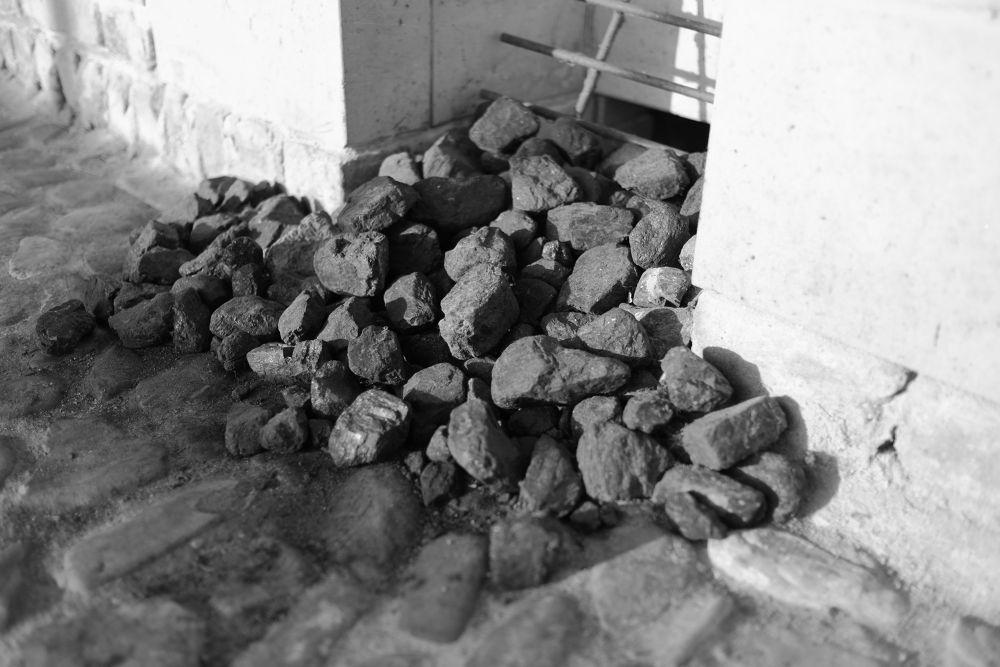 Coal by peterkryzun