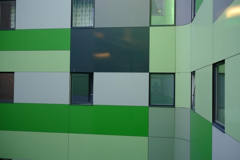 Green White by peterkryzun