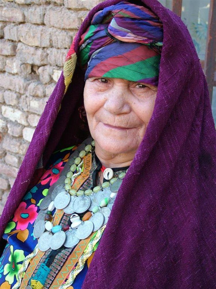Rural Women's clothing by ahmad bazavi
