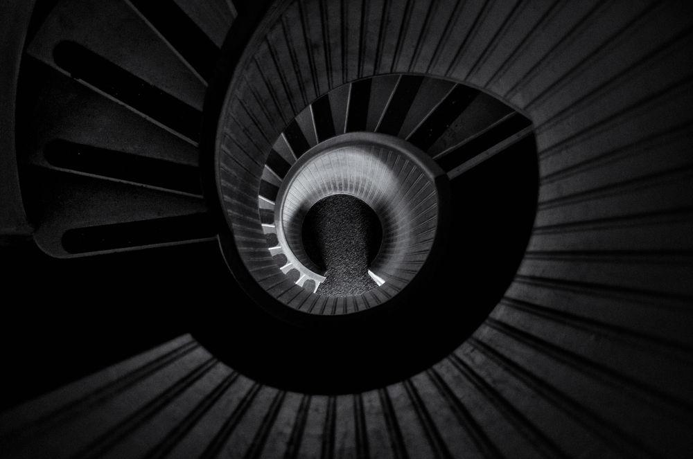 Spiral Down by jeffsinnock