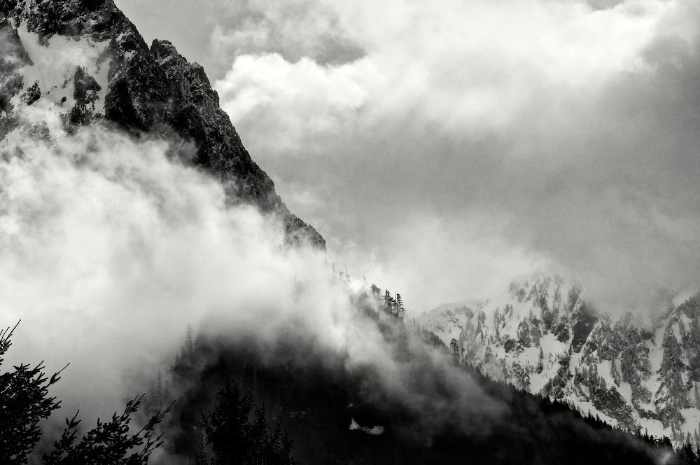 Fog on the mountain by jeffsinnock