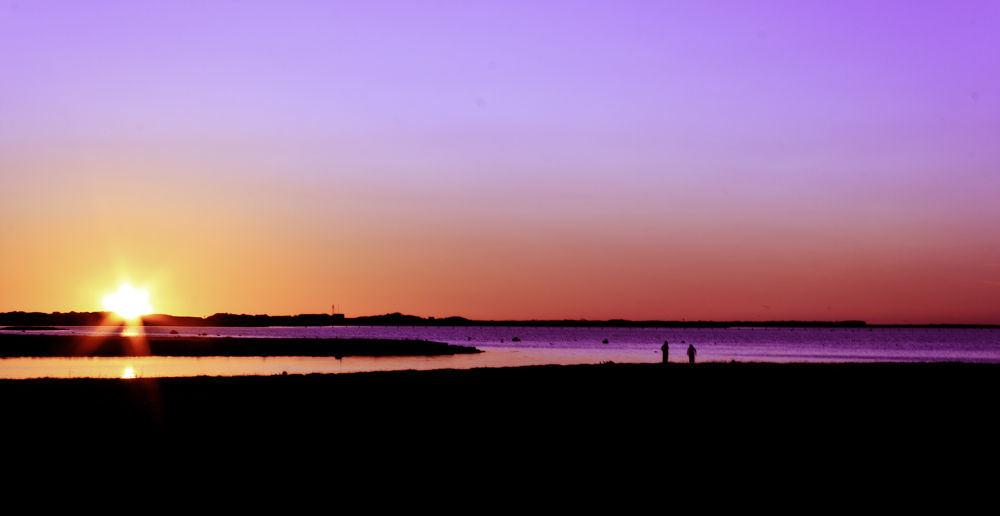 sunset by weaksyntax