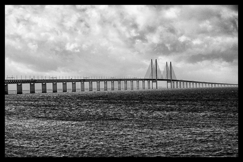 Øresund bridge by weaksyntax
