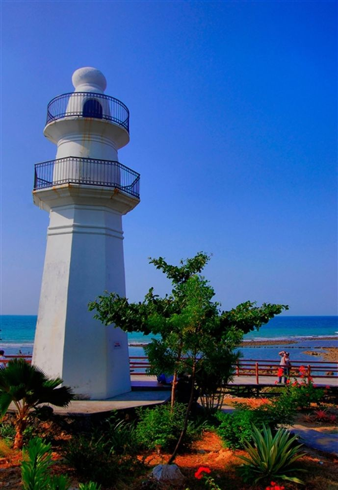 Light house of Tanjung Kodok Beach Lamongan Indonesia by fadjarestiartho