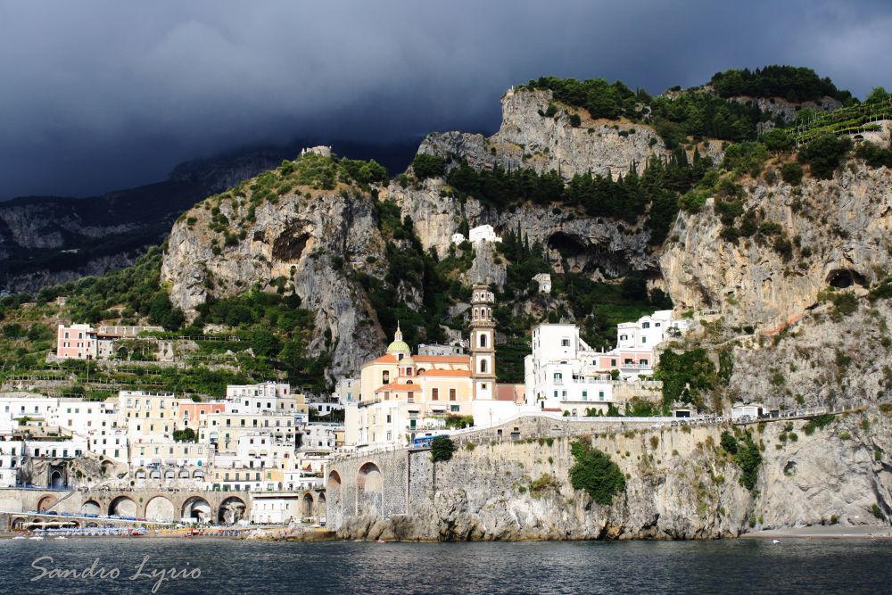 Amalfi by SandroLyrio