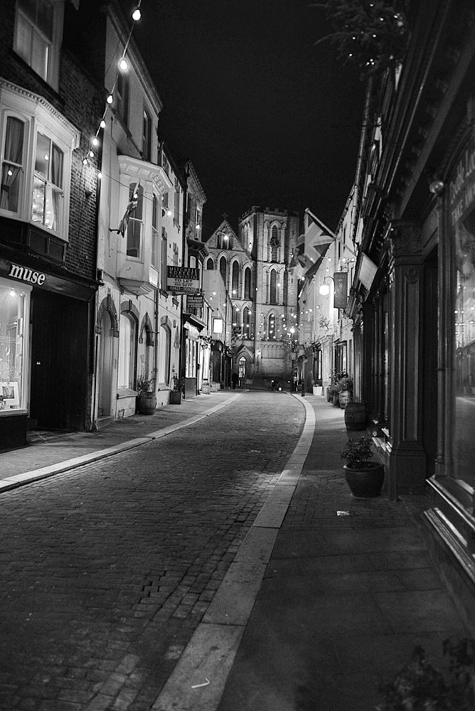 Kirkgate by night by Dale Hobson